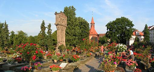 Der Friedhof St. Johannis im August 2008