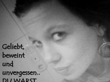 ... <b>Michelle Hübner</b> 5 - Michelle-Huebner_5_thumb